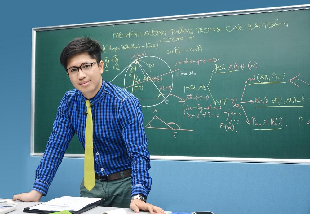 Thầy Nguyễn Thanh Tùng - giáo viên môn Toán tại HOCMAI