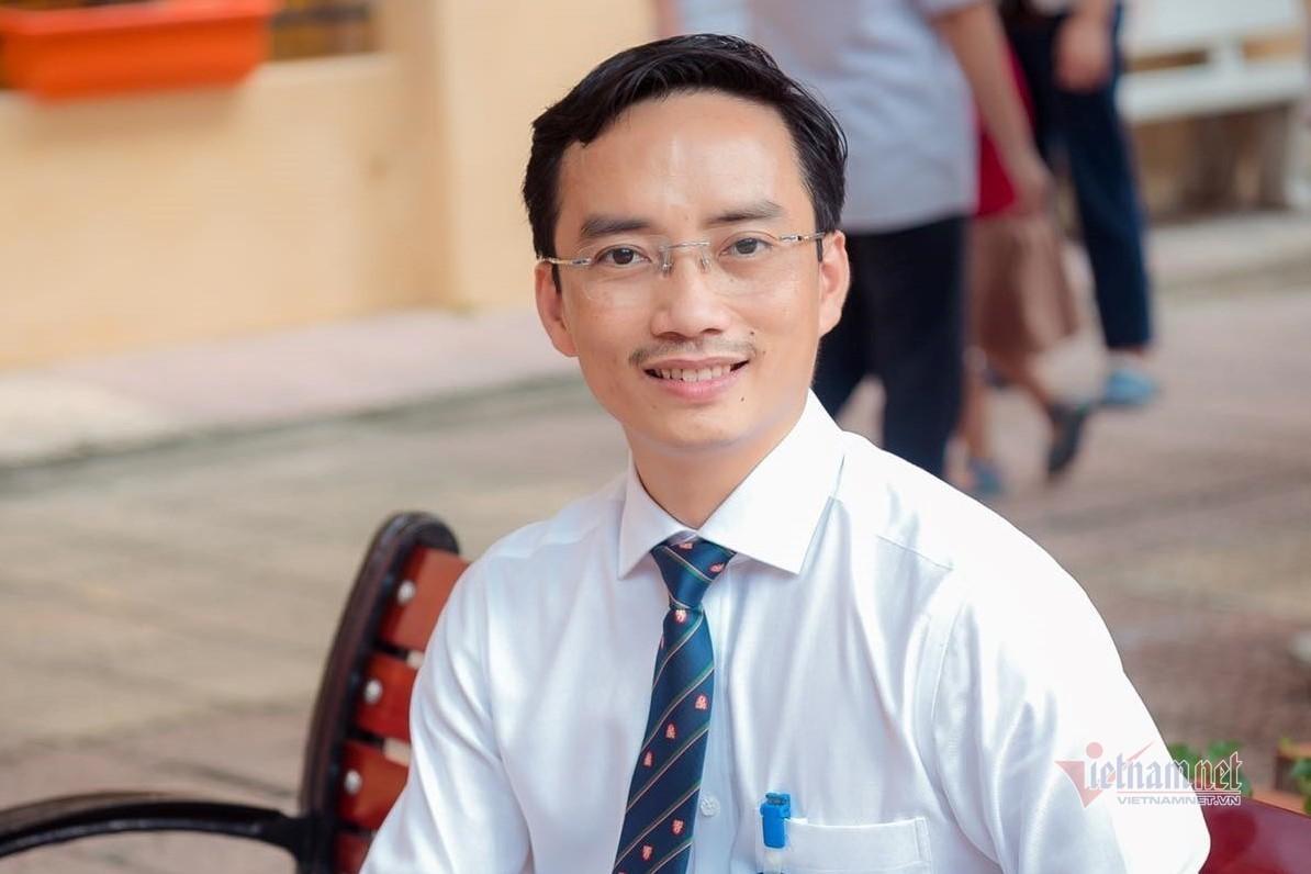 Thầy Nguyễn Cao Cường, Hiệu trưởng Trường THCS Thái Thịnh (quận Đống Đa, Hà Nội)